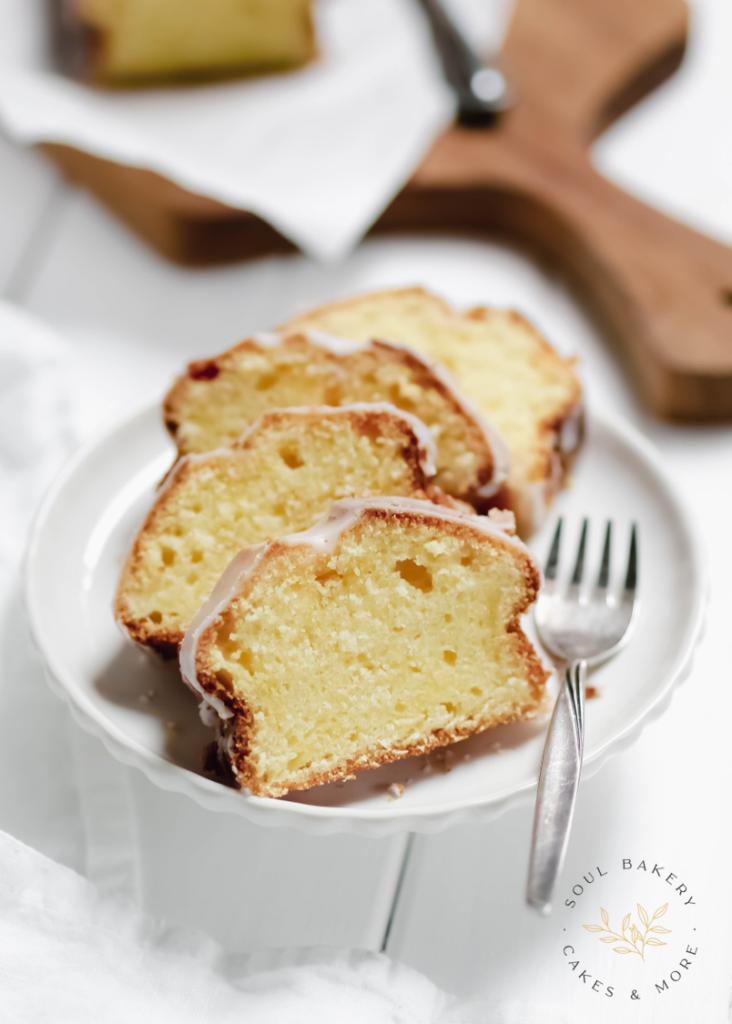 Zitronenkuchen, saftiger Zitronenkuchen, Rührteig, Rührteig Kuchen, Zitronenkuchen saftig, saftiger zitroniger Zitronenkuchen